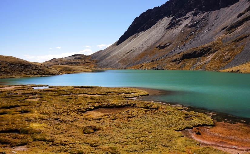 J 9 Col de Ticclacocha (5050 m) – Comercocha – Pacchanta (4300m)